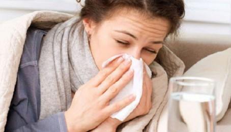 Dấu hiệu phân biệt bệnh cúm mùa và covid-19