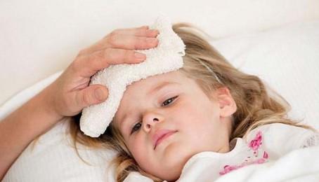 Những bệnh nguy hiểm thường gặp ở trẻ mùa hè